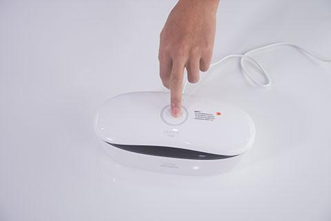 59秒美妆消毒盒评测操作6.png