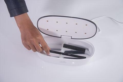 59秒美妆消毒盒评测操作3.png
